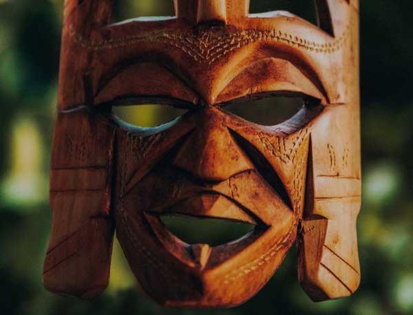 Masques africains en bois